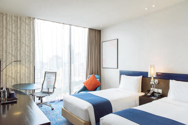 Holiday Inn Express Bangkok Siam - Image 2