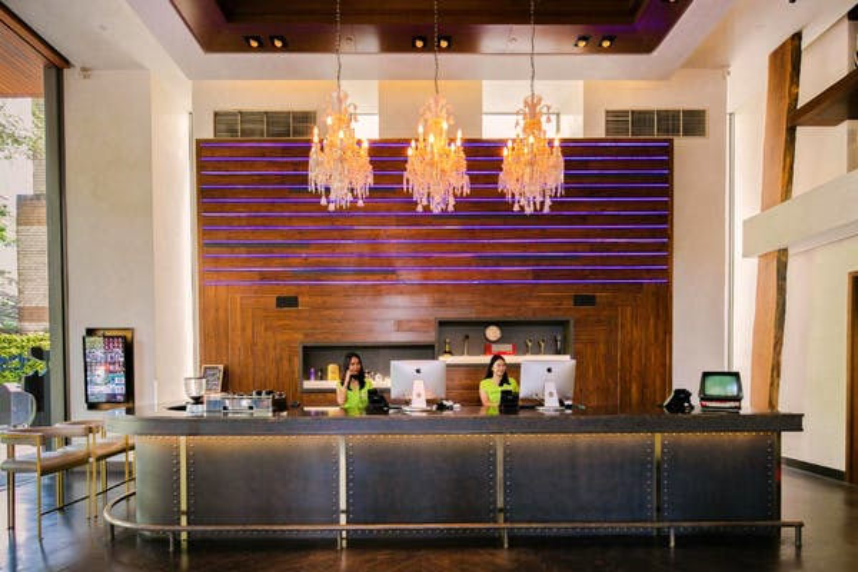 Hotel Indigo Bangkok Wireless Road - Image 3