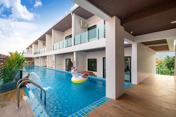 The Thames Pool Access Resort - Image 0
