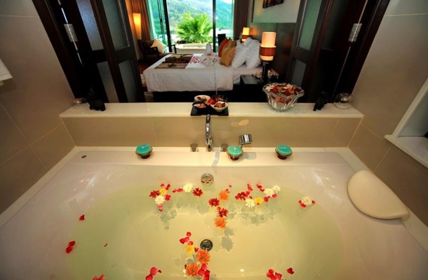 Wyndham Sea Pearl Resort Phuket - Image 2