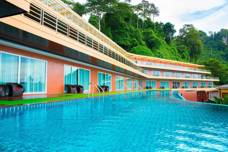 Phi Phi Cliff Beach Resort - Image 0