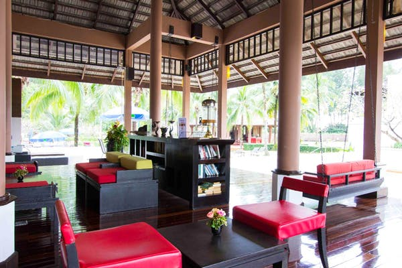 Palm Galleria Resort - Image 3