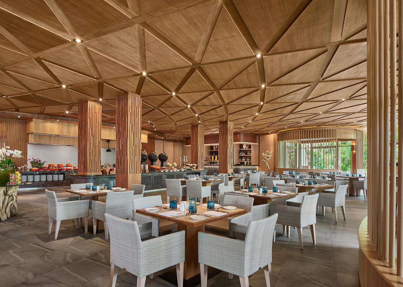 Splash Beach Resort, Mai Khao Phuket - Image 4