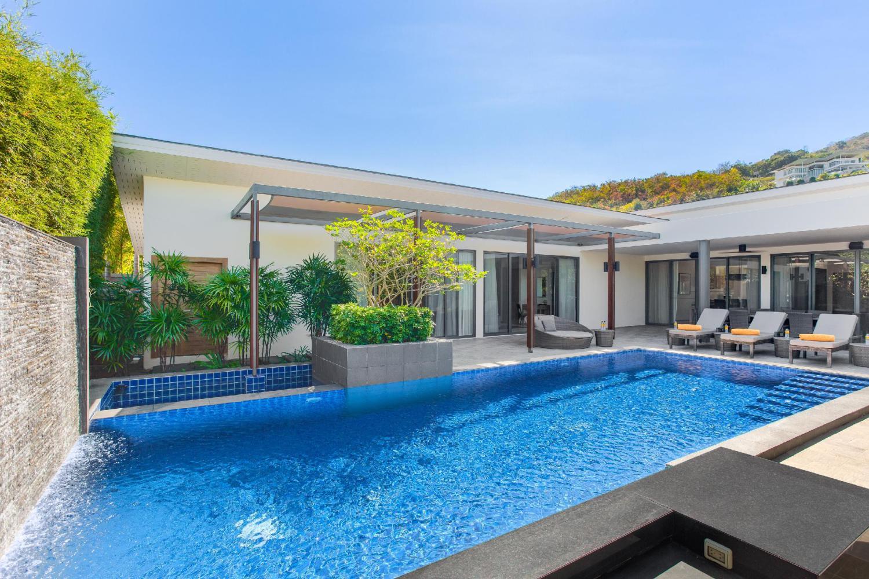 CasaBay Luxury Pool Villas - Image 1