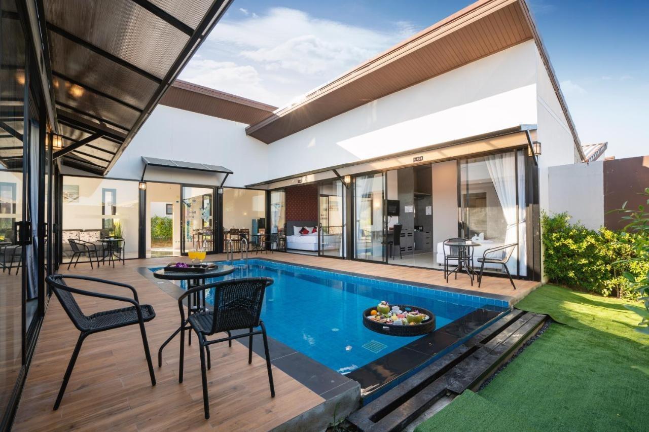 Thames Tara Pool Villa Rawai - Image 0