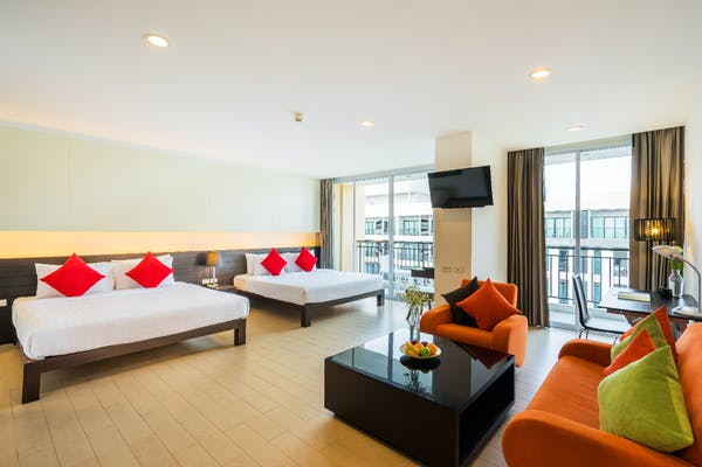 Hotel J Pattaya - Image 2