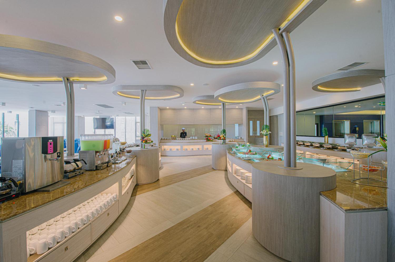 Seabed Grand Hotel Phuket - Image 3