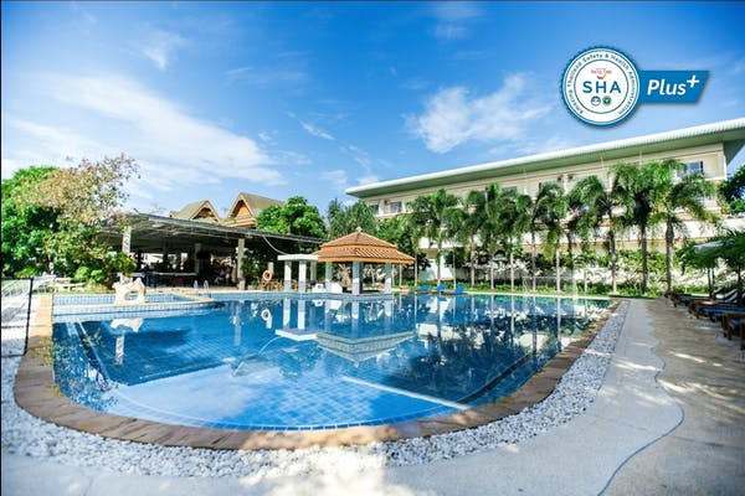 Blue Beach Grand Resort And Spa - Image 4