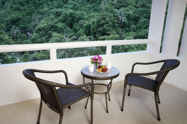 Le Méridien Phuket Beach Resort - Image 1