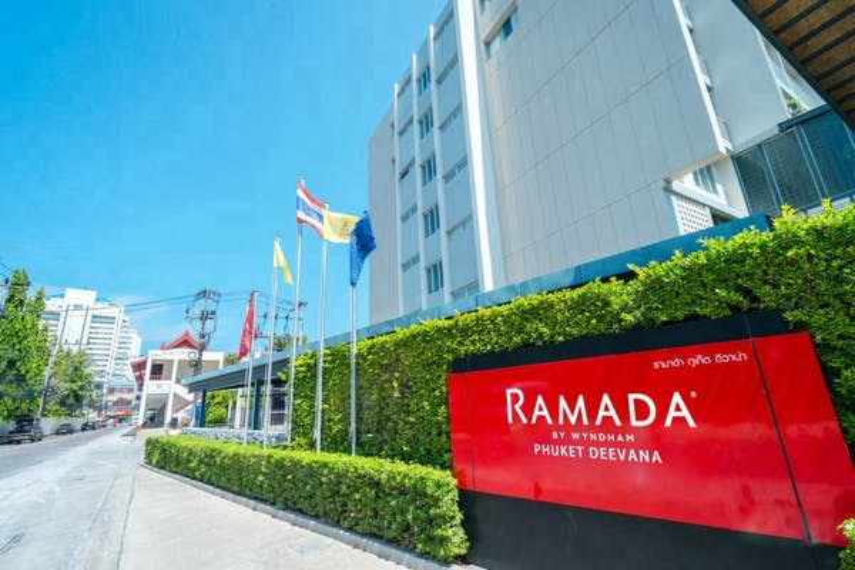 Ramada By Wyndham Phuket Deevana Hotel - Image 1