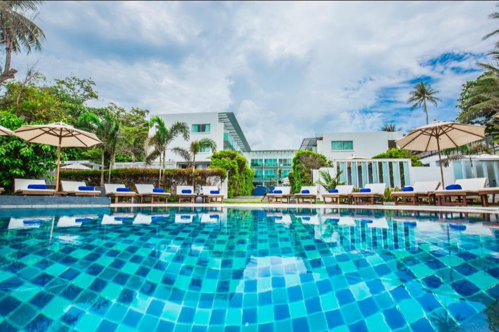 KC Beach Club & Pool Villas - Image 1
