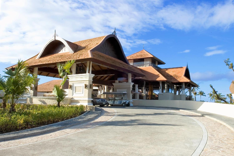 Rawi Warin Resort & Spa - Image 2