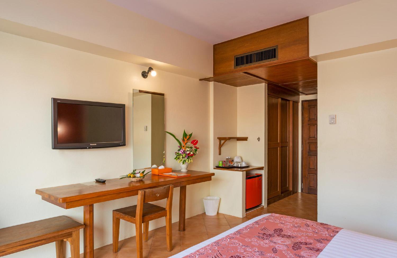 Srisuksant Resort - Image 1