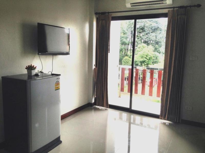 Pra-Ae Lanta Apartment