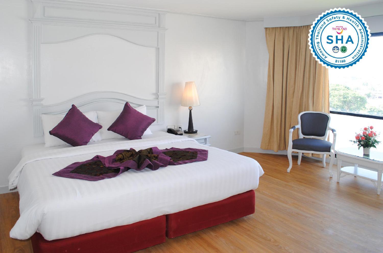 CH Hotel - Image 0