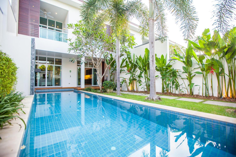 Two Villas Holiday Phuket: Oxygen Bang Tao Beach - Image 2