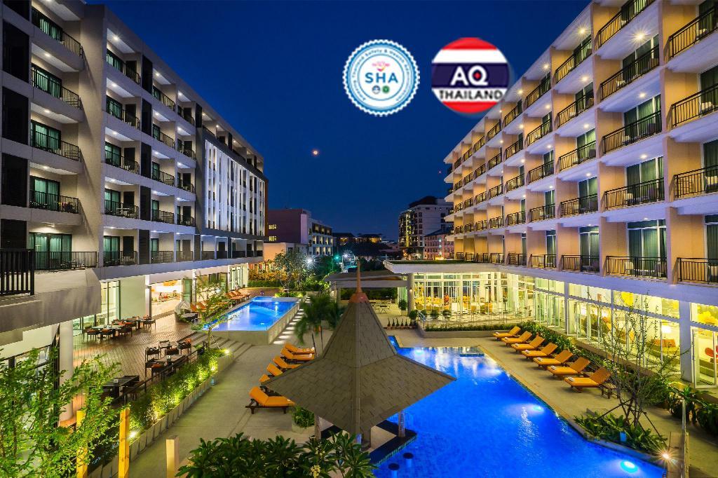 Hotel J Pattaya (SHA Certified)