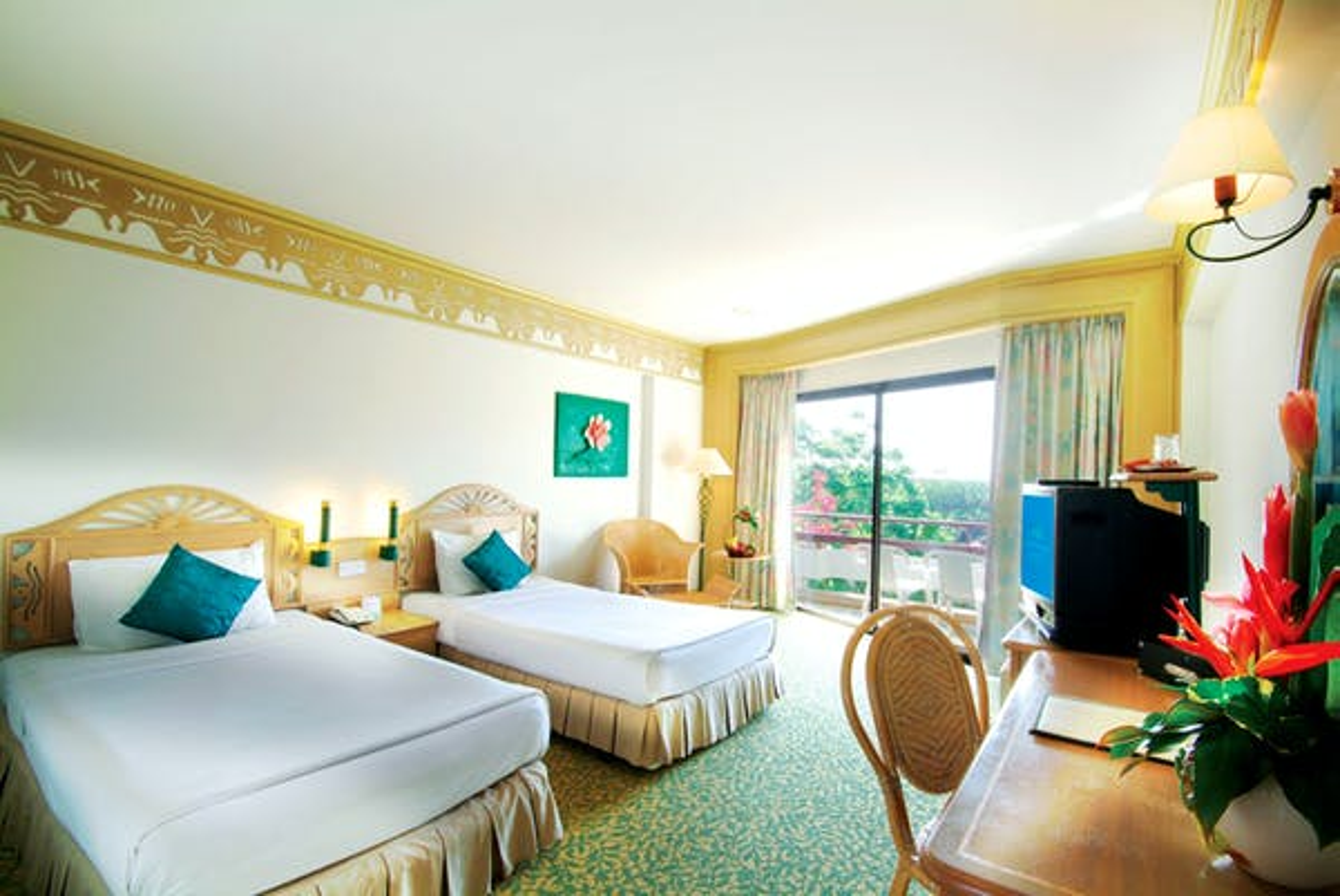 Maritime Park & Spa Resort - Image 1