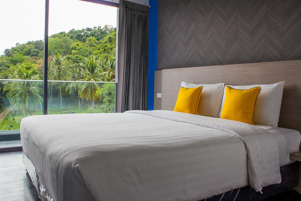 Wakeup Aonang Hotel - Image 1