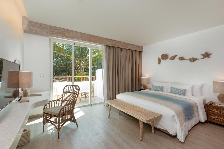 Eden Beach Resort and Spa - Image 1