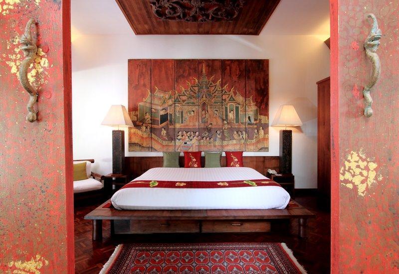 Mom Tris Villa Royale Hotel - Image 0