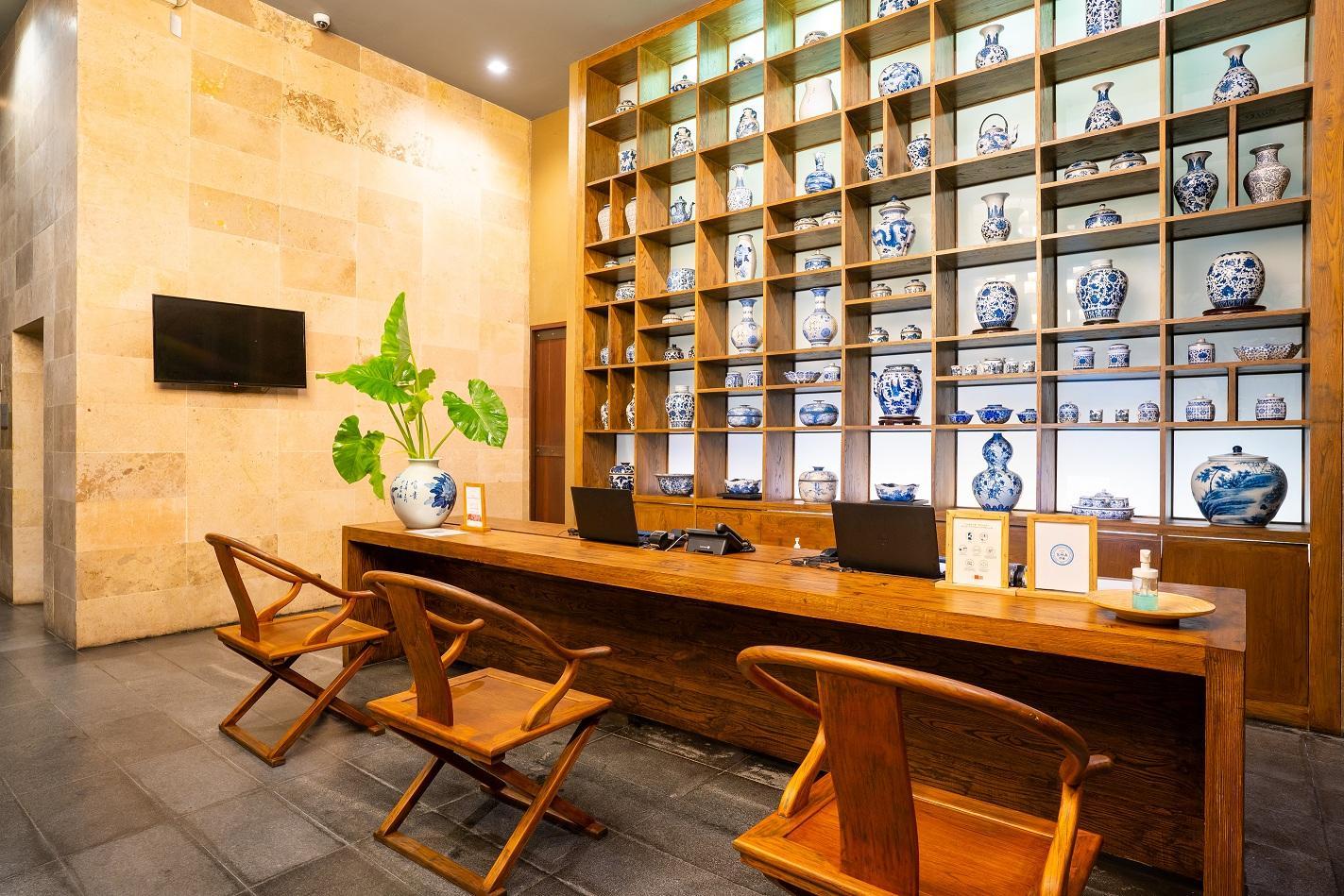 Sunsuri Phuket Hotel - Image 2