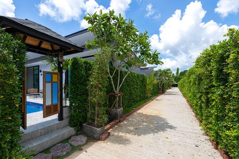 Les Palm Taraburi Pool Villa - Image 1