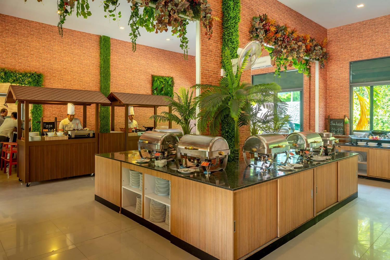 Patong Bay Hill Resort - Image 5