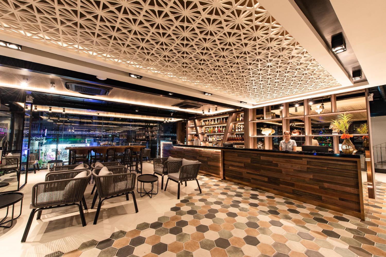 Blackwoods Hotel Pattaya - Image 2