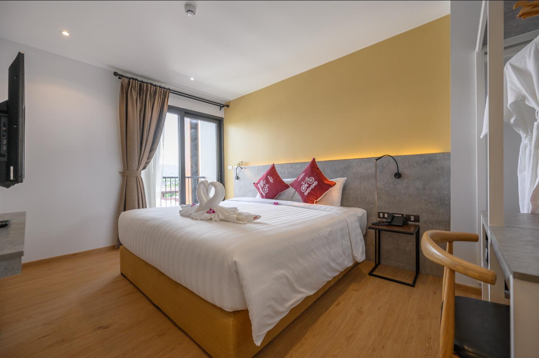Tour De Phuket Hotel - Image 5