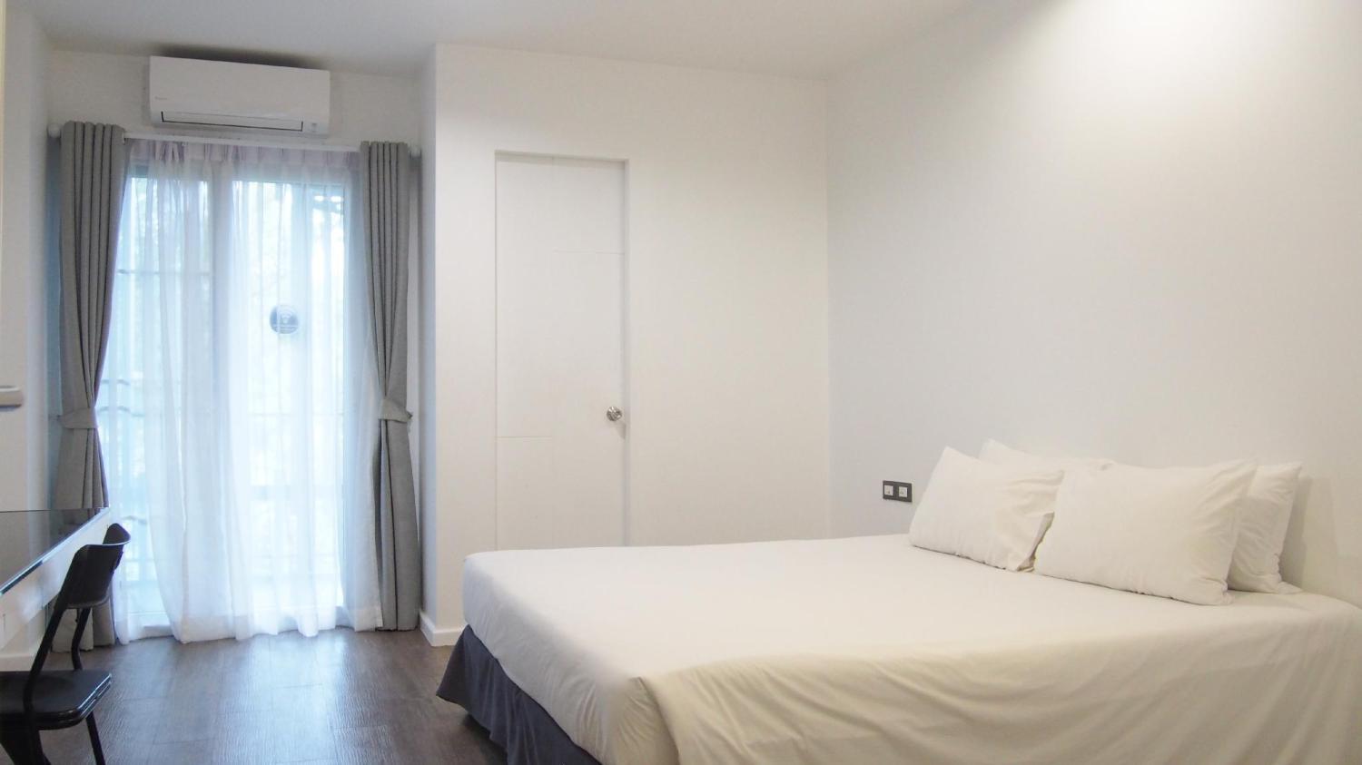 Blu Monkey Bed and Breakfast Phuket - Image 5