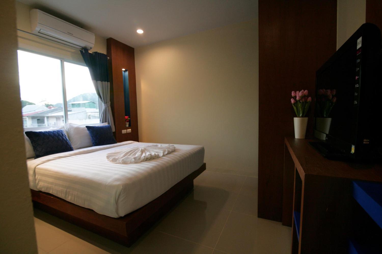Calypso Patong Hotel - Image 1