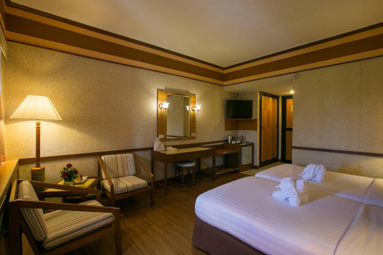 Asia Pattaya Beach Hotel - Image 1