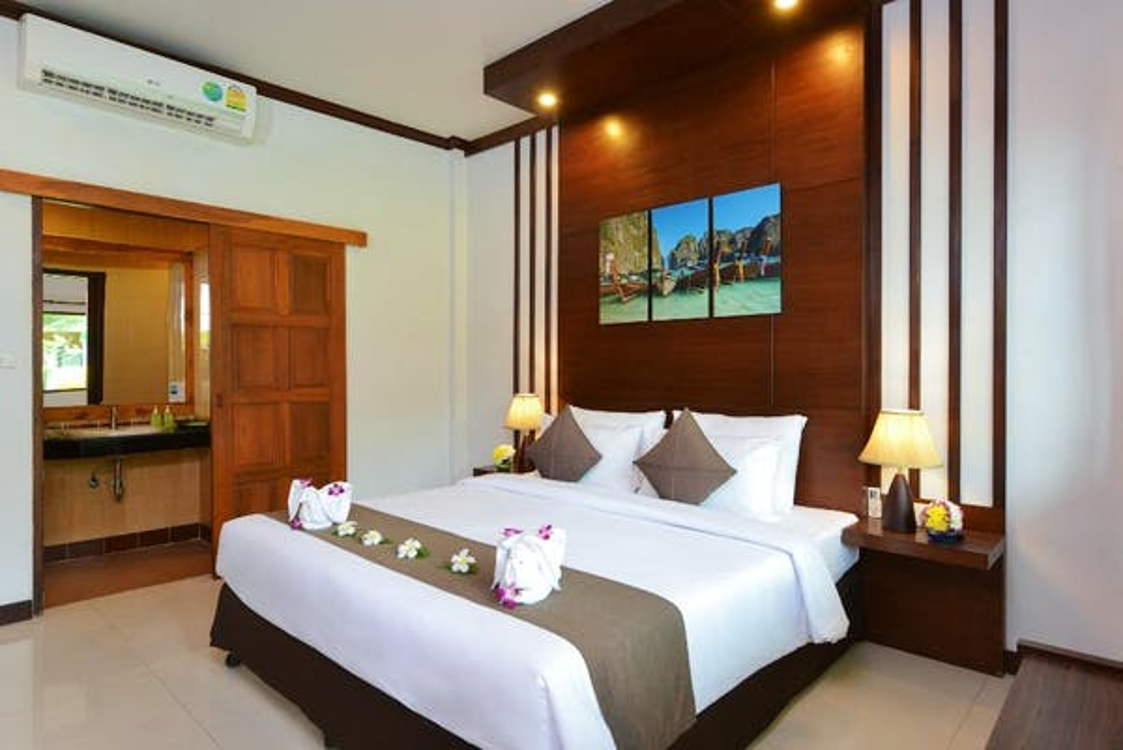 Phangan Bayshore Resort - Image 2