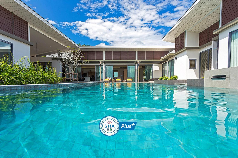 CasaBay Luxury Pool Villas - Image 0
