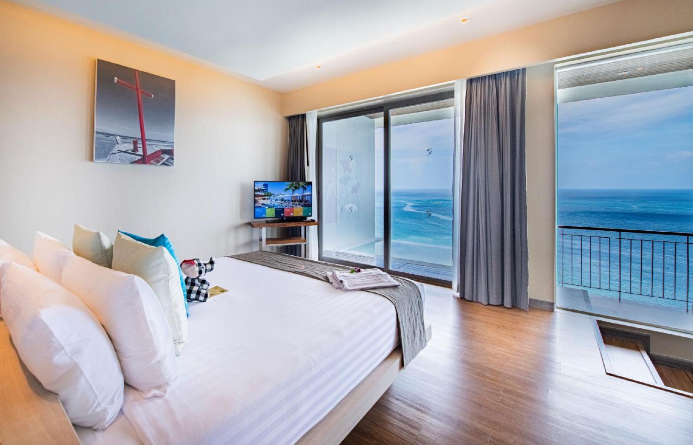 Cape Sienna Gourmet Hotel & Villas - Image 3