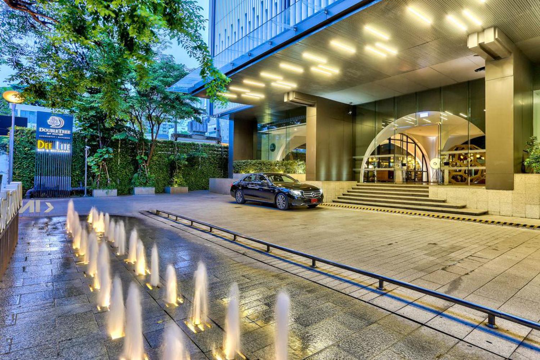 DoubleTree by Hilton Sukhumvit Bangkok - Image 1