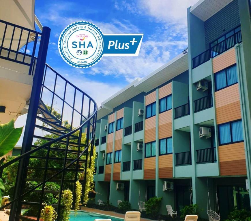 Phuket Airport Place