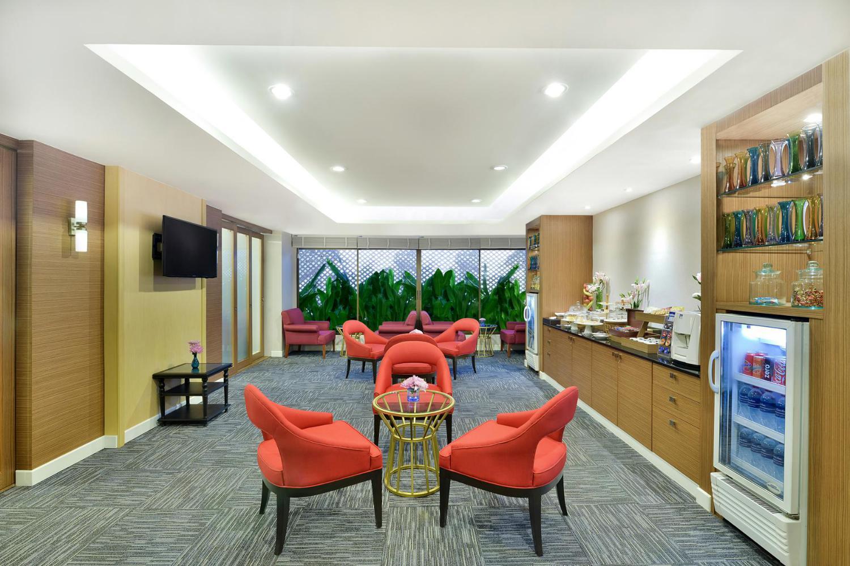 Centre Point Pratunam Hotel - Image 0