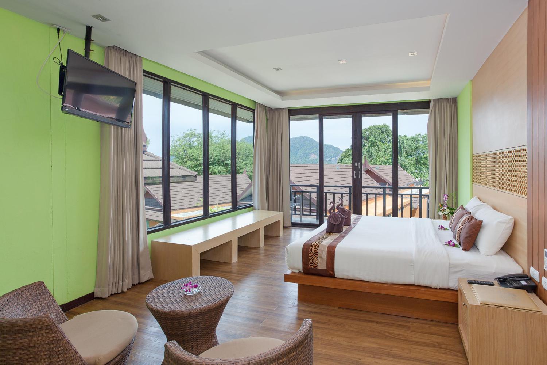 Phi Phi Long Beach Resort and Villa - Image 3