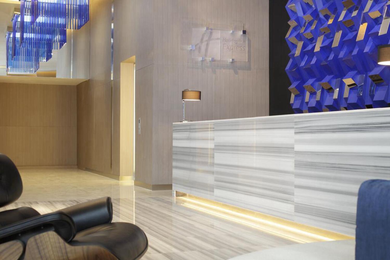 Holiday Inn Express Bangkok Siam - Image 3