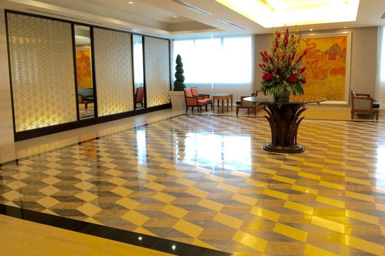 Indra Regent Hotel - Image 3