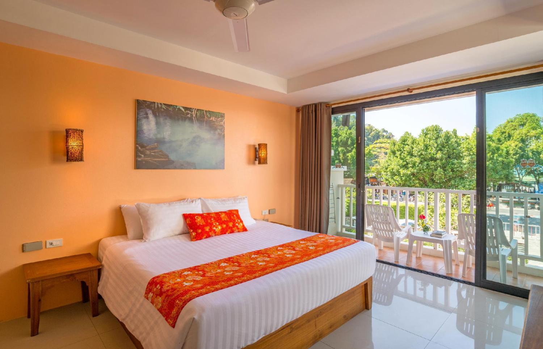 Srisuksant Resort - Image 4