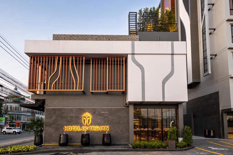 Hotel de Trojan - Image 1