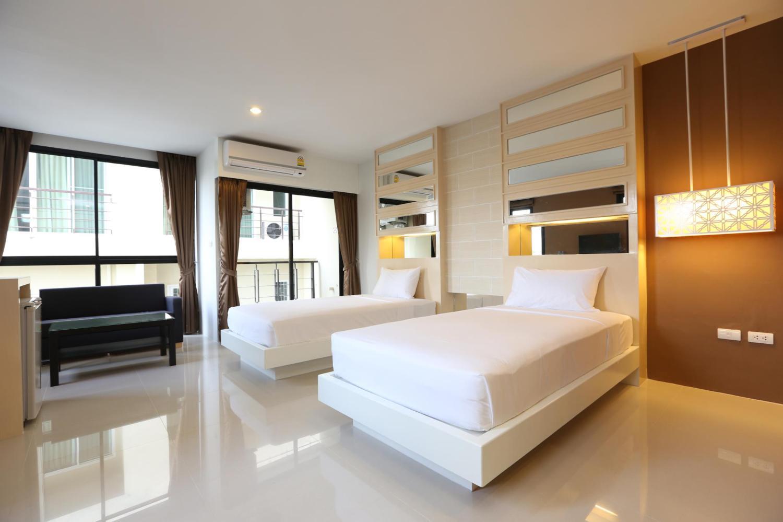 Naka Residence - Image 1