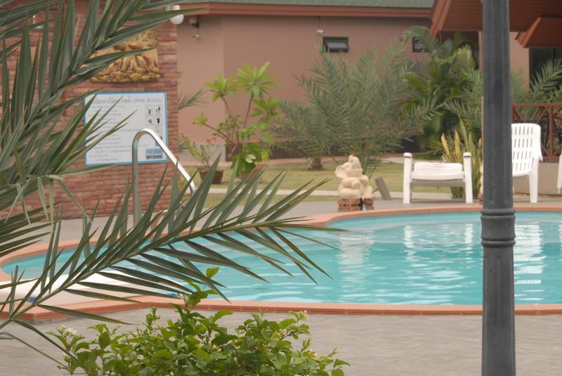La-or Resort - Image 2