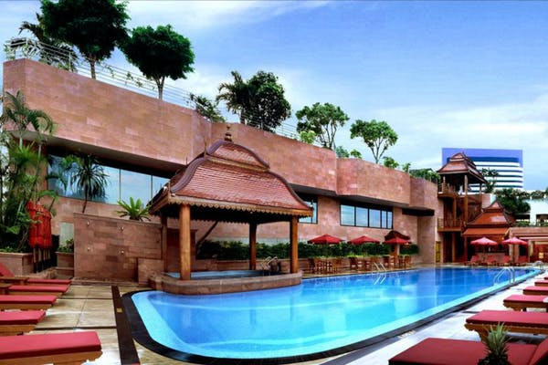 The Landmark Bangkok Hotel - Image 1