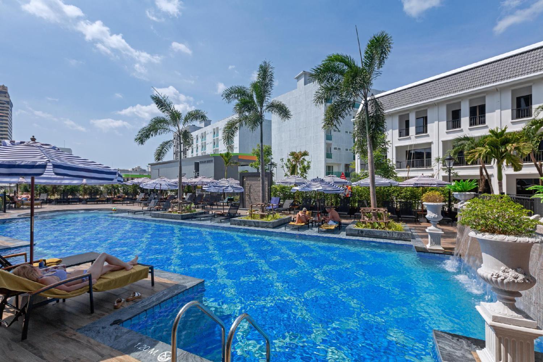 Sawaddi Patong Resort & Spa - Image 0
