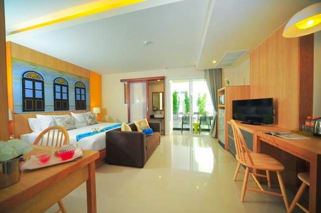Ratana Hotel Rassada - Image 1