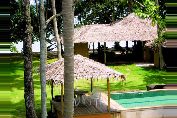 Melina's Beach Front Bungalows - Image 2